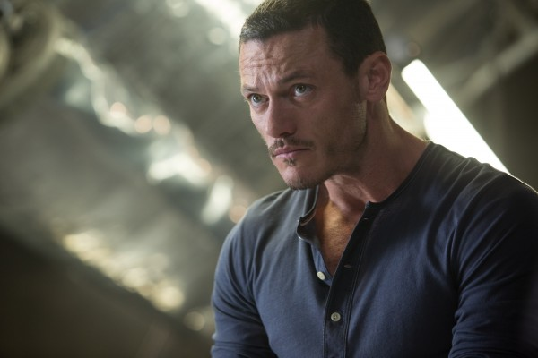 fast-and-furious-6-luke-evans-2-600x400