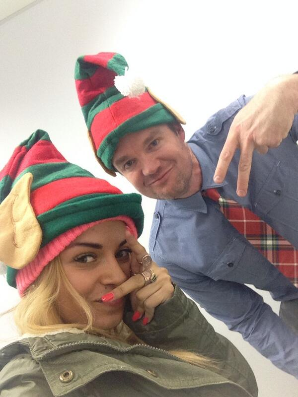 The Gangsta Elfie Selfie
